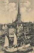Luebeck - Hafen und Petrikirche