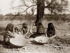 Maricopa-Indianerinnen