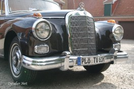 Mercedes Benz 300 - 3527